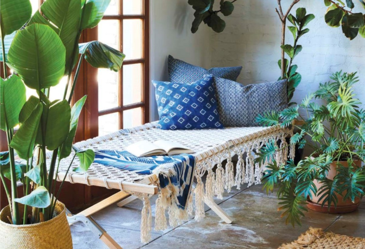 How to DIY a Macramé daybed + win a copy of Modern Macramé!